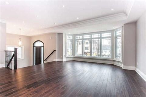 119 Park Home Ave Toronto 1748000